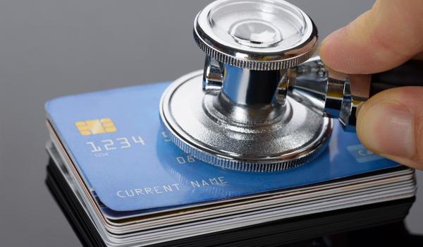 Vertrouwt u op een kredietrapport of op de blauwe ogen?
